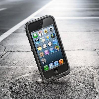 Lifeproof_iPhone_5_Shockproof__02547.1363689333.1280.1280
