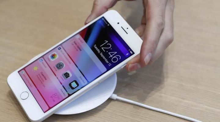 apple_iphone8_reuters_new3.jpg