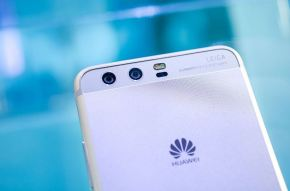 Huawei becomes world's 2nd biggest smartphone maker